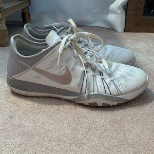 Nike Free TR6
